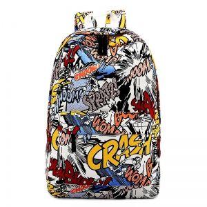 Рюкзак с яркими рисунками в стиле комиксов.