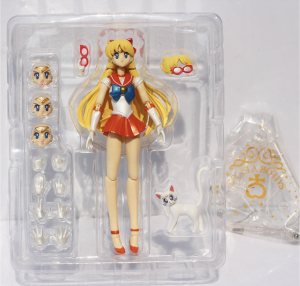 Фигурка Минако Айно Sailor Venus c котом