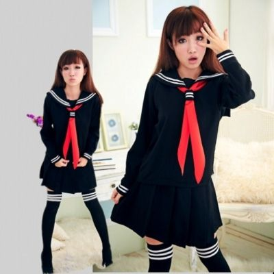 Чёрная японская школьная форма